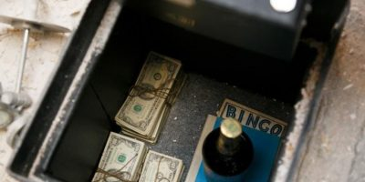 3. Una pareja de Arizona encontró 50 mil dólares en su sótano Foto:Vía The Chive