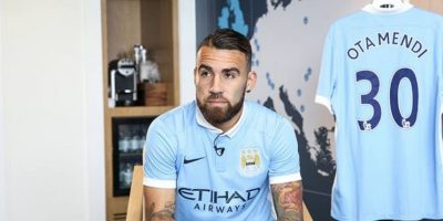 DEFENSAS: Nicolás Otamendi (Manchester City/Argentina) Foto: Vía facebook.com/mcfcofficial