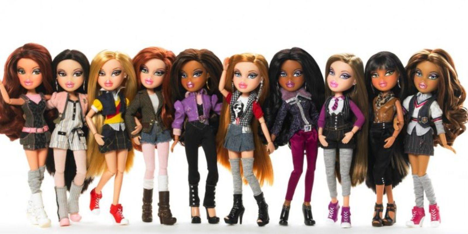 Las Bratz se lanzaron en 2001 como competidoras de Barbie con éxito rotundo. Son muñecas que representan la estética adolescente y urbana Foto:MGAE