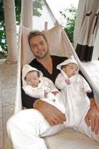 Es padre de Matteo y Valentino Foto:Facebook/RickyMartin