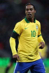 Ronaldinho ha sido señalado por medios de su país debido a fiestas que, según dicen, duraban al menos tres días y se repetían cada semana. Foto:Getty Images