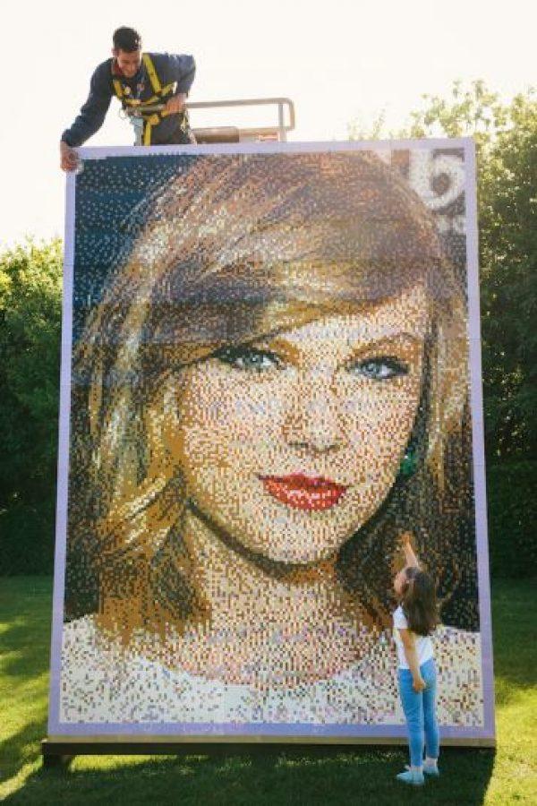 El retrato mide 2.6 metros de ancho por 3.6 metros de largo Foto:Getty Images