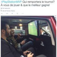 Los usuarios podían jugar un partido de fútbol en un PS4 mientras paseaban por la ciudad. Foto:Uber