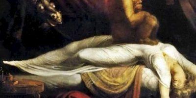 El demonio o el espíritu aterrador sentado sobre su pecho. Foto:vía Wikipedia