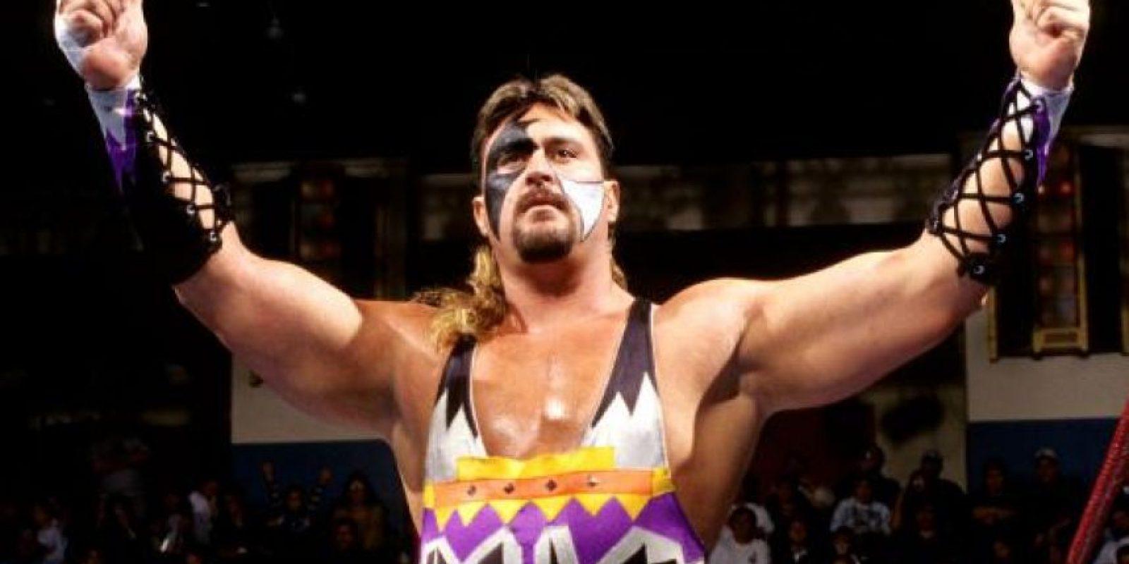 Se pintaba la cara como sus mentores de Demolition Foto:WWE