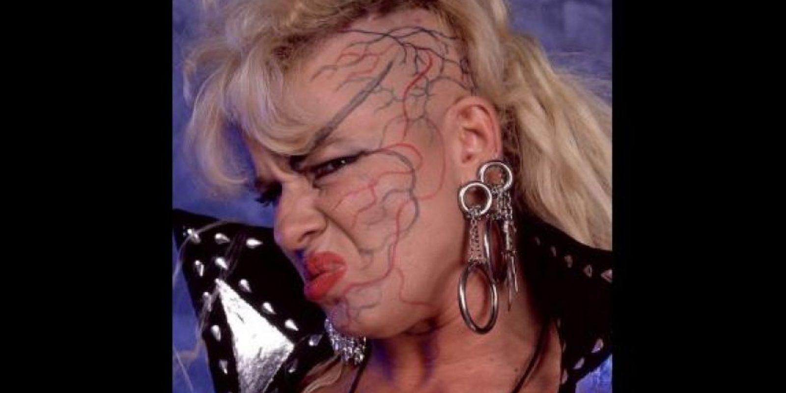 Es raro ver a una diva con la cara pintada Foto:WWE