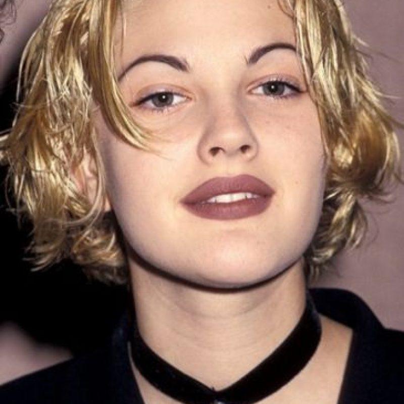 Drew Barrymore y su eterno labial malva. Foto:vía Getty Images
