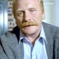 """""""Mr. Renton"""" Foto:Vía imdb.com"""