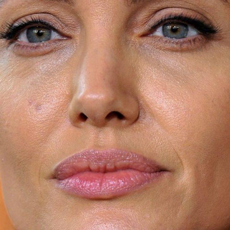 Las arrugas de Angelina Jolie. Foto:vía Celebrity Closeup/Tumblr
