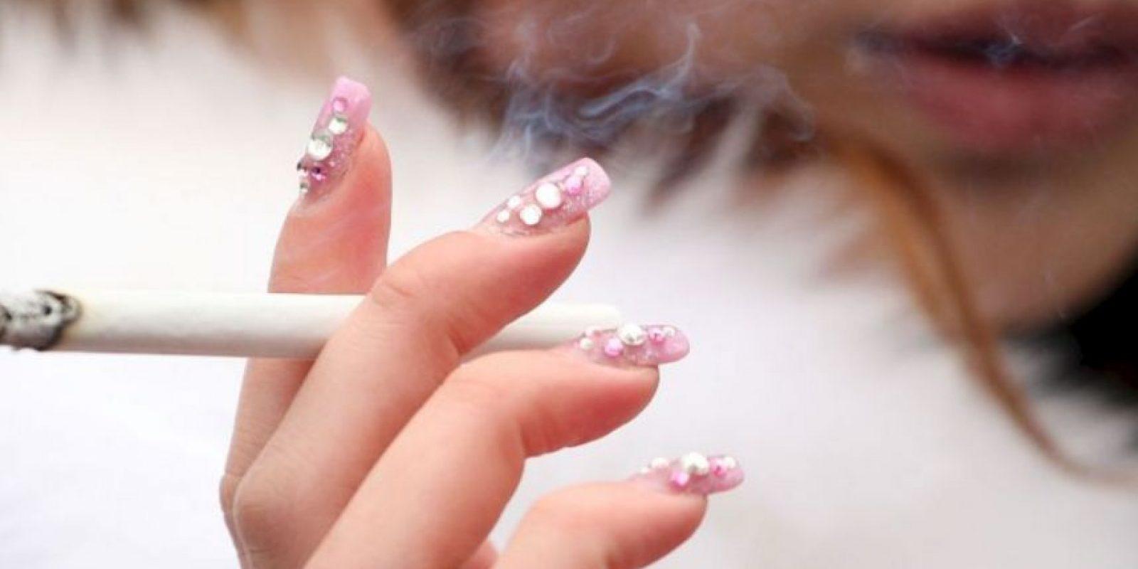 Dicha medición incluye los dos años que siguieron a la legislación que determina que las cajetillas deben tener las imágenes de las consecuencias del consumo del cigarrillo. Foto:vía Getty Images