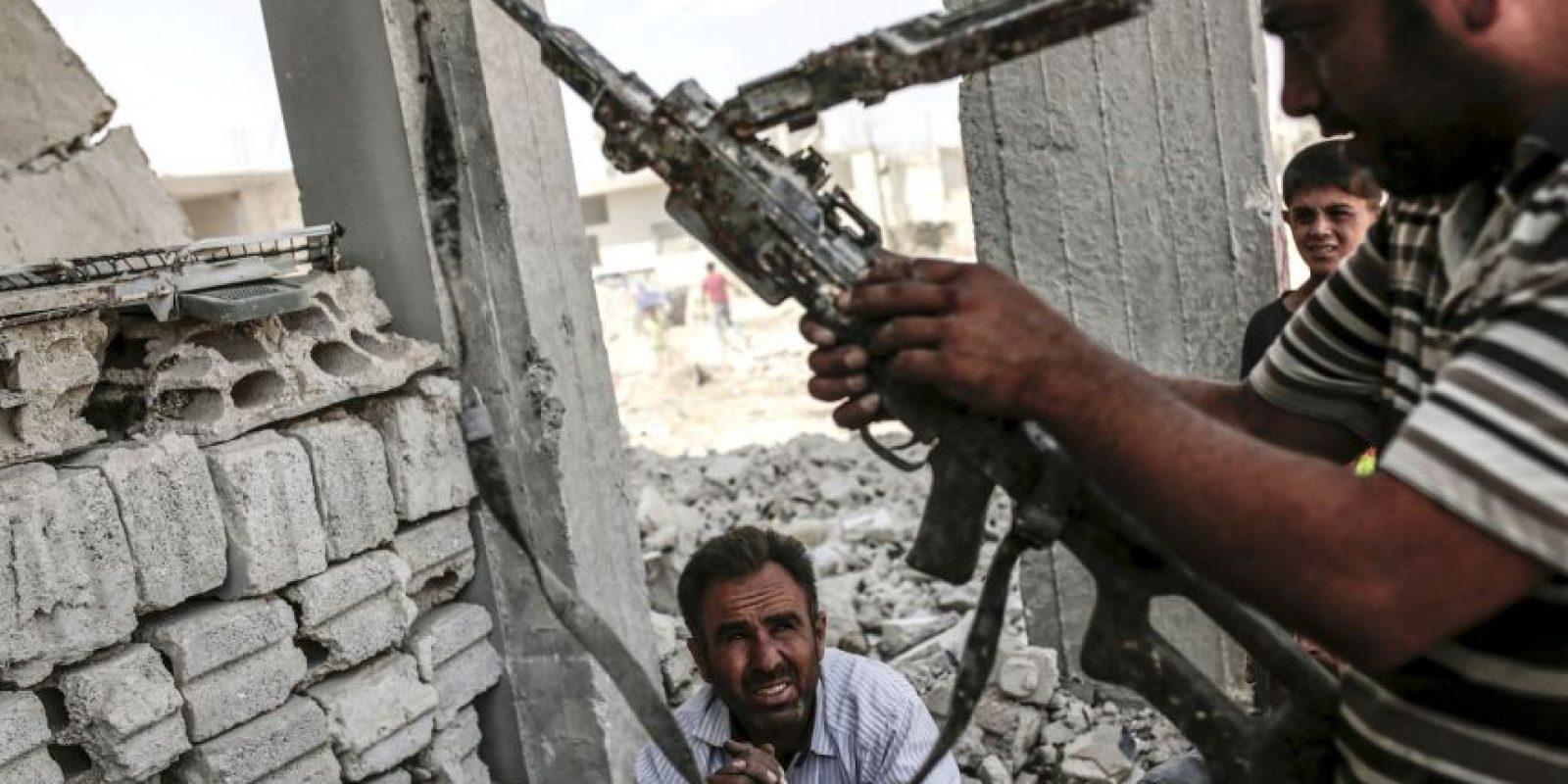 A pesar de los reclamos que subyacen al apoyo suní prestado inicialmente a ISIS, la coalición contra ISIS se ha enfocado casi exclusivamente en una campaña de ataques aéreos, y han sido principalmente las milicias chiitas las que, con el apoyo de Irán, se han adentrado en el terreno. Foto:AFP