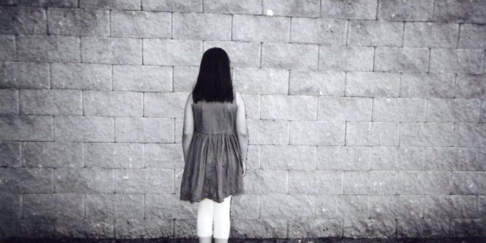 """""""Niña sin rostro"""". Forma parte de la colección, pero no está en el calendario Foto:Cafe Art – Ellen Rostant"""