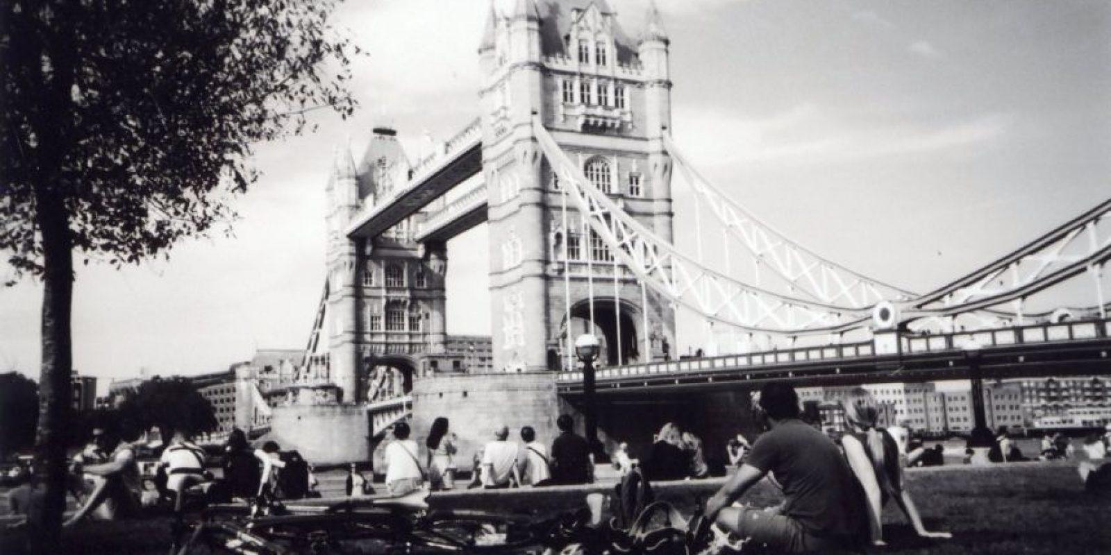 """""""Picnic en el Puente de la Torre"""" es el mes de julio Foto:Cafe Art – Ceci"""