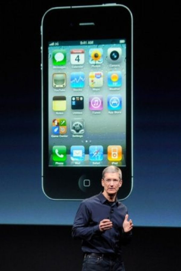 Tim Cook, actual CEO de Apple, presentó el iPhone 4s el 4 de octubre de 2011. Foto: Getty Images