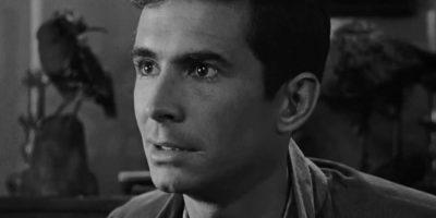 """Luego de cometer infinidad de asesinatos y estar recluido en una institución psiquiátrica, Bates termina """"salvándose"""" con el nacimiento de su hijo. Foto:vía Universal Pictures"""