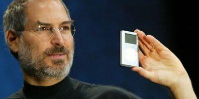 28 de abril de 2003: Jobs presenta el iPod. Foto:Getty Images