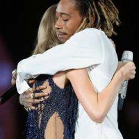 Luego de conquistar al público de Texas con su actuación junto a Wiz Khalifa, Swift recibió un Emmy. Foto:vía twitter.com/taylorswift13