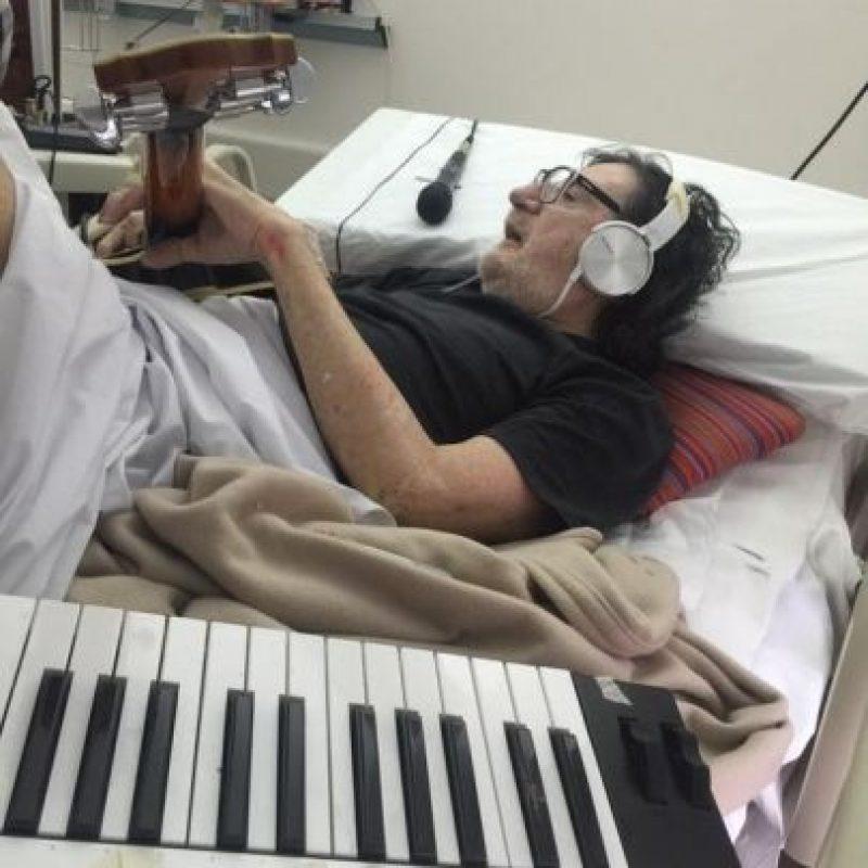 """""""La recuperación es para que vuelva a pisar con el pie del lado del que fue operado en las caderas. No está con un tratamiento clínico, todo es fisioterapéutico"""", comentó el periodista José Palazzo. Foto:vía twitter.com/josedpalazzo"""