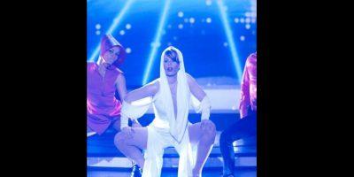 Acá, personificó a Kylie Minogue para un programa colombiano de TV. Foto:vía Twitter/Lorna Cepeda