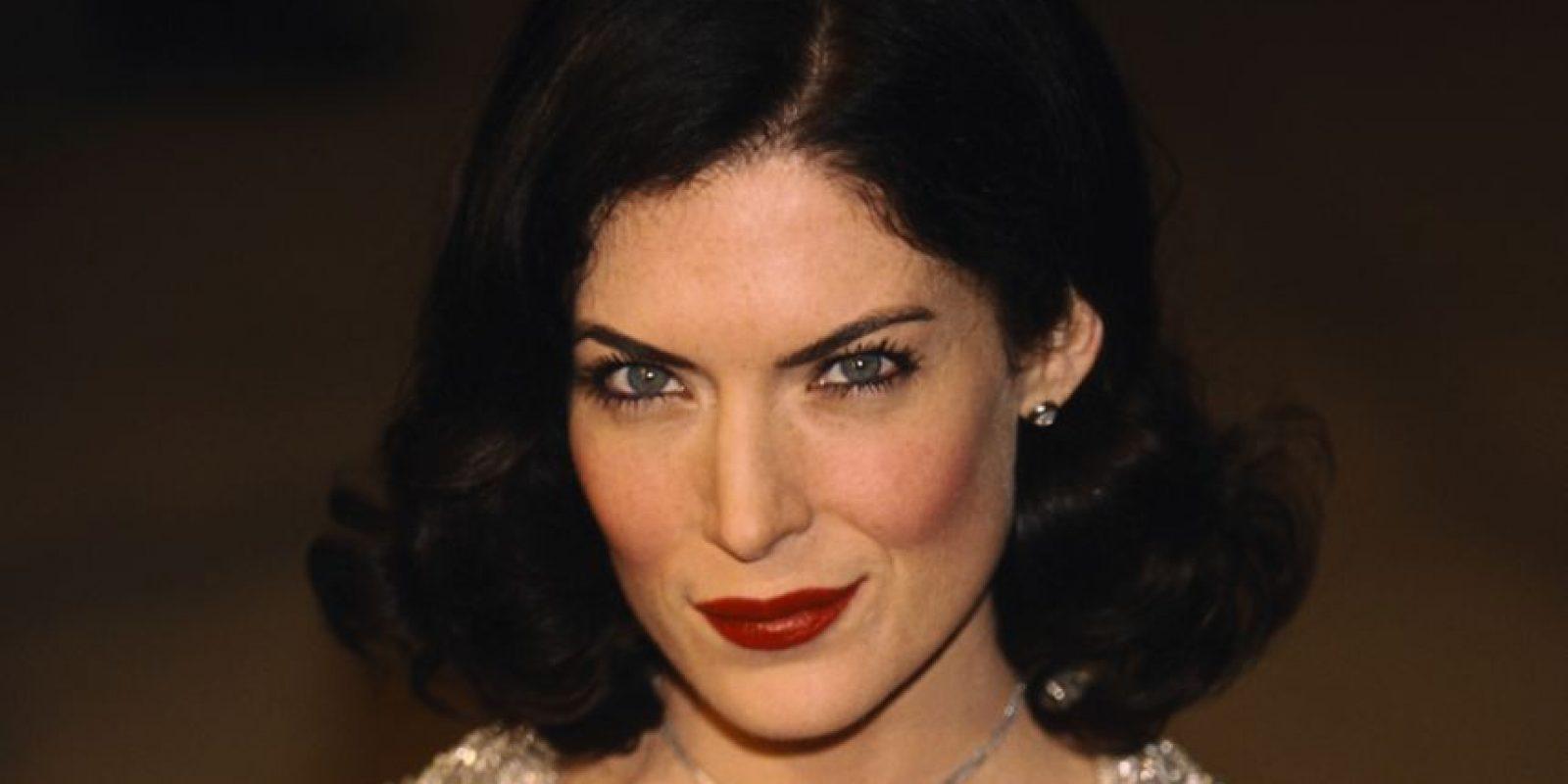 Comenzó a hacer cambios en su cara debido a que perdía papeles ante actrices más jóvenes, según un reportaje del DailyMail. Foto:vía Getty Images