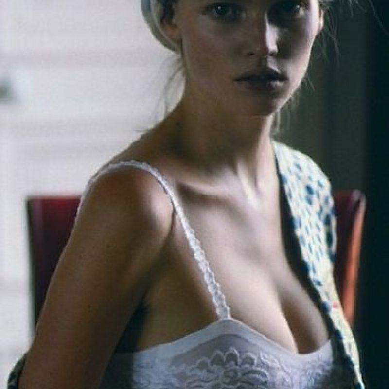 """En 2010, la revista """"Forbes"""" la reconoció como la séptima modelo mejor pagada del mundo. Foto:vía instagram.com/lara_stone"""