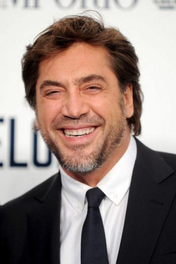 El español protagonizará junto con su esposa, Penélope Cruz, una película sobre el capo Foto:Getty Images
