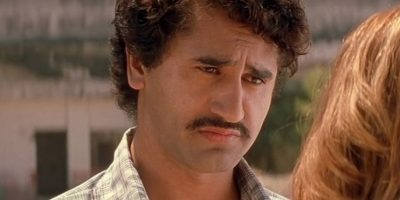 """Pablo Escobar en """"Blow"""" Foto:Vía imbdb.com"""