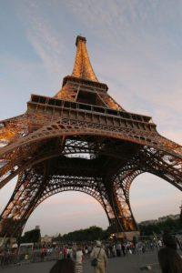 Comenzó a construirse en enero de 1887 y alcanza los 301 metros de altura Foto:Getty Images