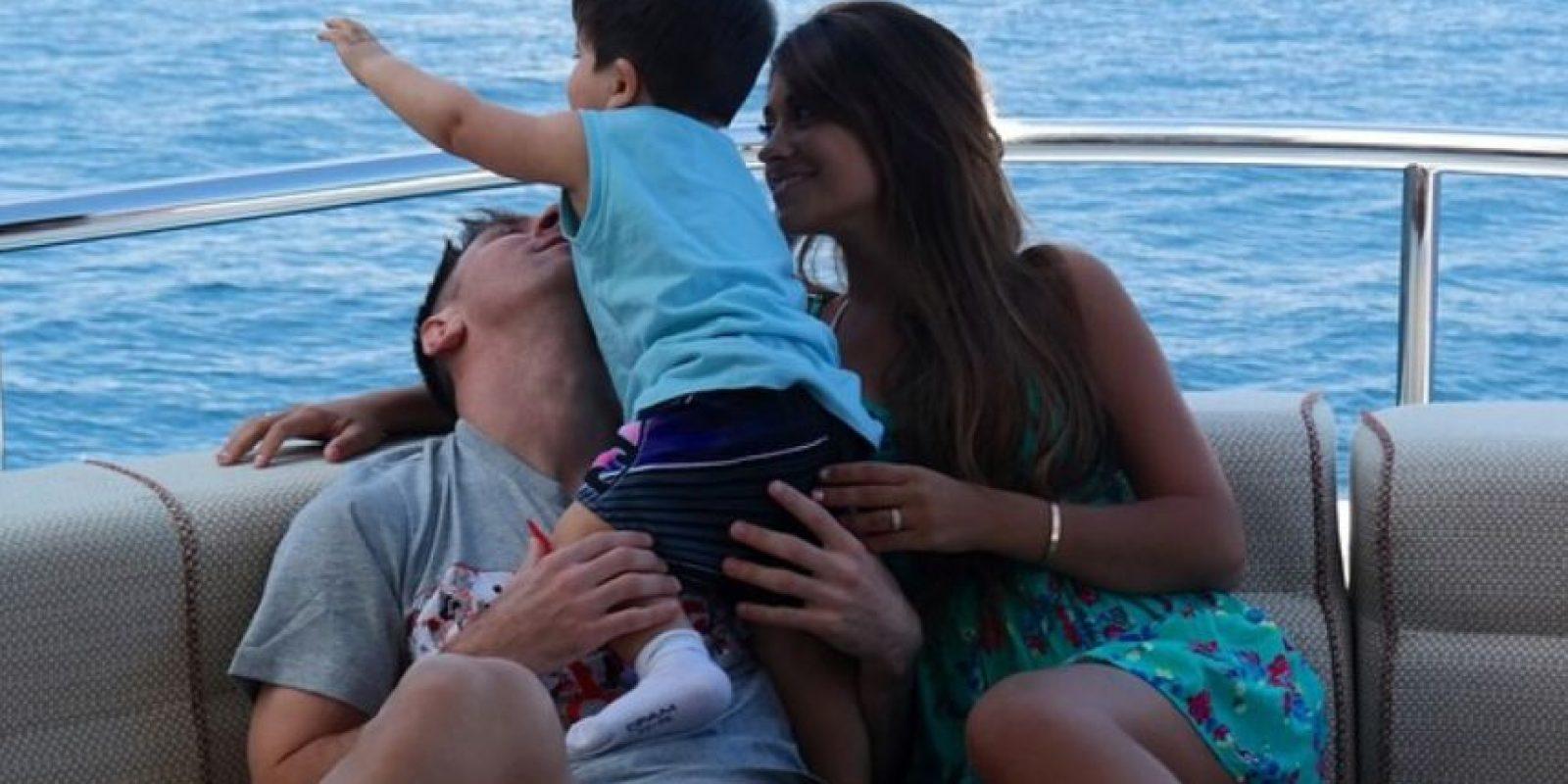 Es el hermano menor de Thiago Foto:Vía instagram.com/antonellaroccuzzo