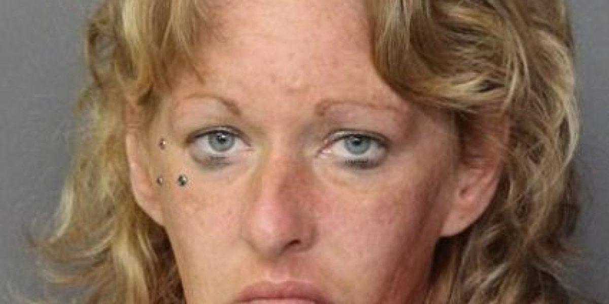 Mujer tuvo intimidad en vía pública con su novio  inconsciente