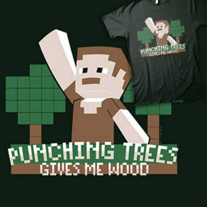 """""""Golpeando árboles, me dan madera"""" Foto:Vía """"gameinformer.com"""""""