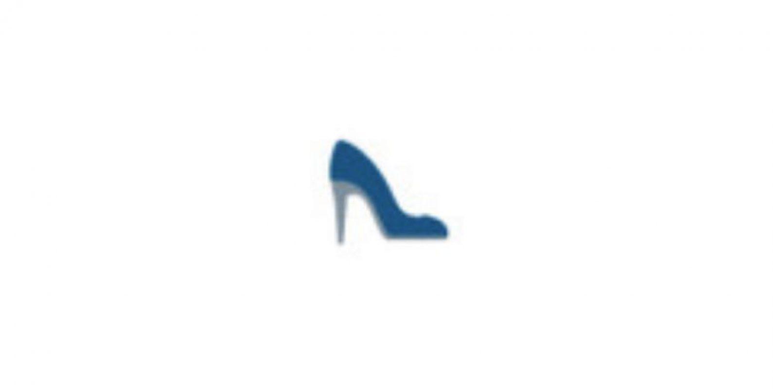 Zapato de tacón Foto:Twitter