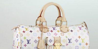 La bolsa Louis Vuitton y sus característimos monogramas se han convertido en símbolos del lujo francés: fabricación artesanal, originaria de este país. Foto:vía Tumblr