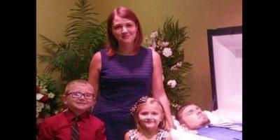 La familia lamentó mucho la pérdida. Foto:Vía Facebook.com/eva.holland.79