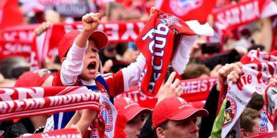 En protesta, los hinchas alemanes abandonaron el estadio Giorgios Karaiskakis. Foto:Getty Images