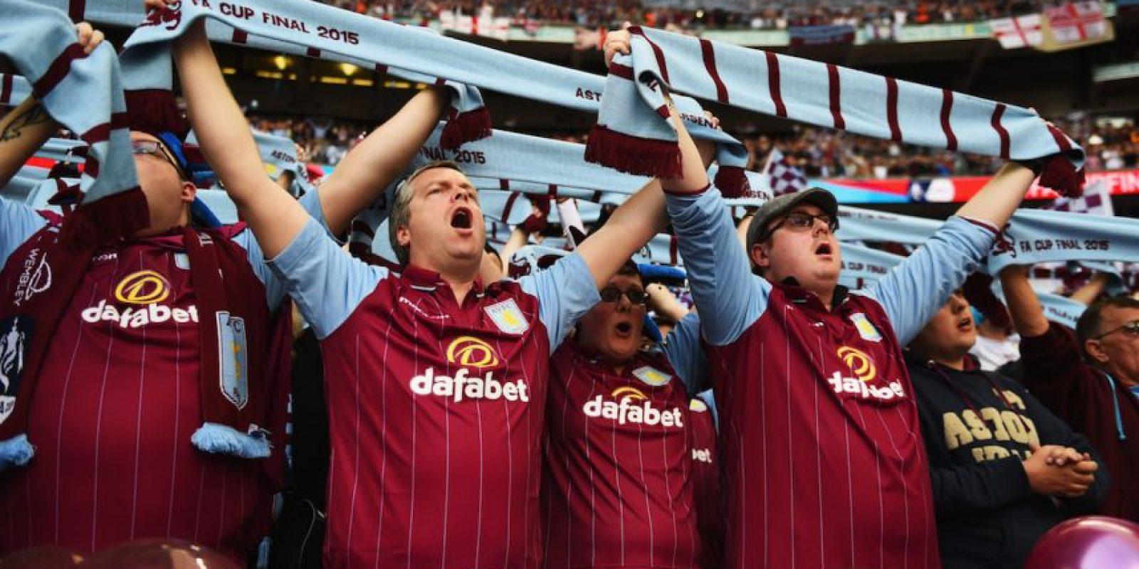 6. Aston Villa: Los aficionados de este equipo inglés anunciaron que en su próximo partido en la Premier League en casa (19 de septiembre, vs. West Bromwich), mostrarán mensajes de apoyo a los refugiados sirios. Foto:Getty Images