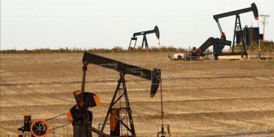 El precio del petróleo de Texas sube un 5,74 % y cierra en 47,15 dólares