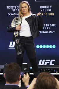 Con una marca de 12-0, Ronda está invicta en su carrera de artes marciales mixtas. Foto:Getty Images