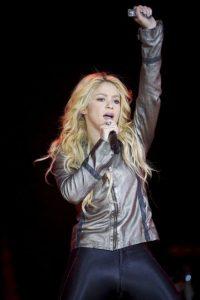 Shakira ya consiguió cerca de 30 discos de oro y 55 de platino con las ventas de millones de copias de sus discos en todo el mundo. Foto:Getty Images