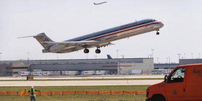 Compañía aérea suspende sus actividades por daños técnicos