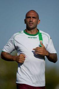 Salió del Real Madrid en el 2007 y pasó por varios equipos: Olympiacos, Club Deportivo Numancia de Soria, Rayo Vallecano, Beerschot Antwerpen Club, Córdoba, y actualmente juega en el Veria FC de Grecia. Foto:Getty Images
