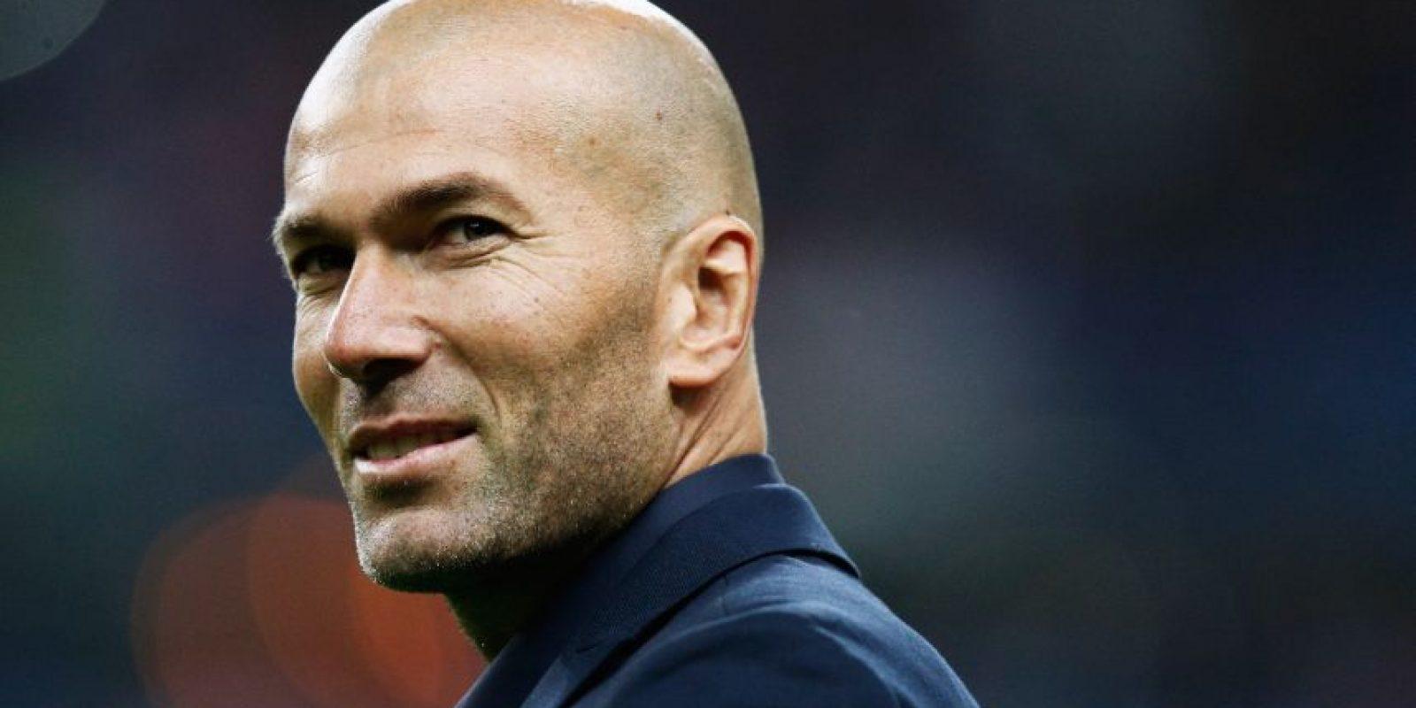 Salió del Real Madrid en 2006, pero porque se retiró. Siguió ligado al club en papeles como directivo y embajador de la UNICEF. En 2009 se convirtió en asesor de Florentino Pérez, presidente del equipo y también comenzó a prepararse para ser entrenador. Durante la campaña 2013-2014 fue asistente de Carlo Ancelotti y en la temporada pasada tomó las riendas del Real Madrid B, y sus planes son convertirse entrenador profesional. Foto:Getty Images