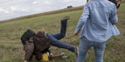 Refugiado sirio pateado por camarógrafa ya está en Madrid