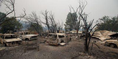 Fuego forestal en California consumió 400 casas. Foto:AFP
