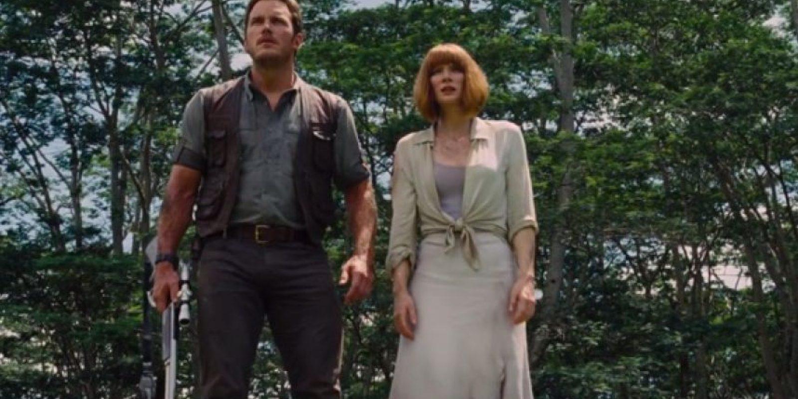 """14. Cuando """"Owen"""" y """"Claire"""" están en la parte superior de la cascada, él habla pero su boca no se mueve. Foto:Universal Pictures"""