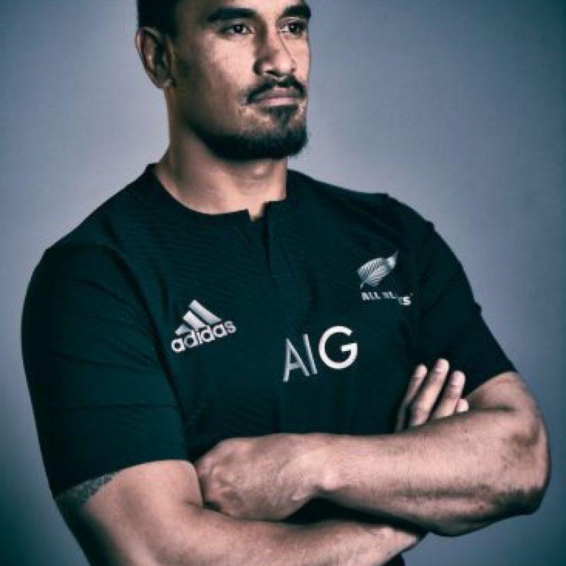 """Juega para los Blues de Nueva Zelanda, tiene 32 años y fue un jugador muy importante para que los """"All Blacks"""" ganaran la Copa del Mundo de 2011. Foto:Getty Images"""