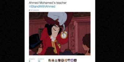 """""""El maestro de Ahmed"""" Foto:vía Twitter"""