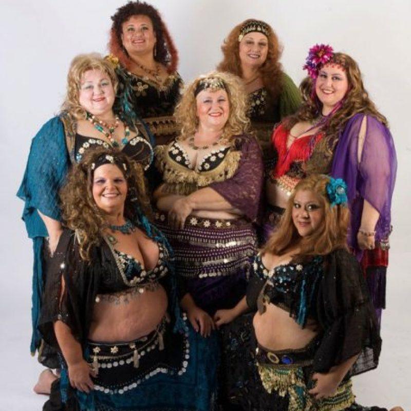 El grupo de bellydance se creó en 2012, en Los Ángeles. Foto:vía Facebook/Fatimas