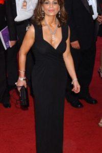 Paula Abdul en 2004, vistiéndose como Mariah Carey en 2015. Foto:vía Getty Images