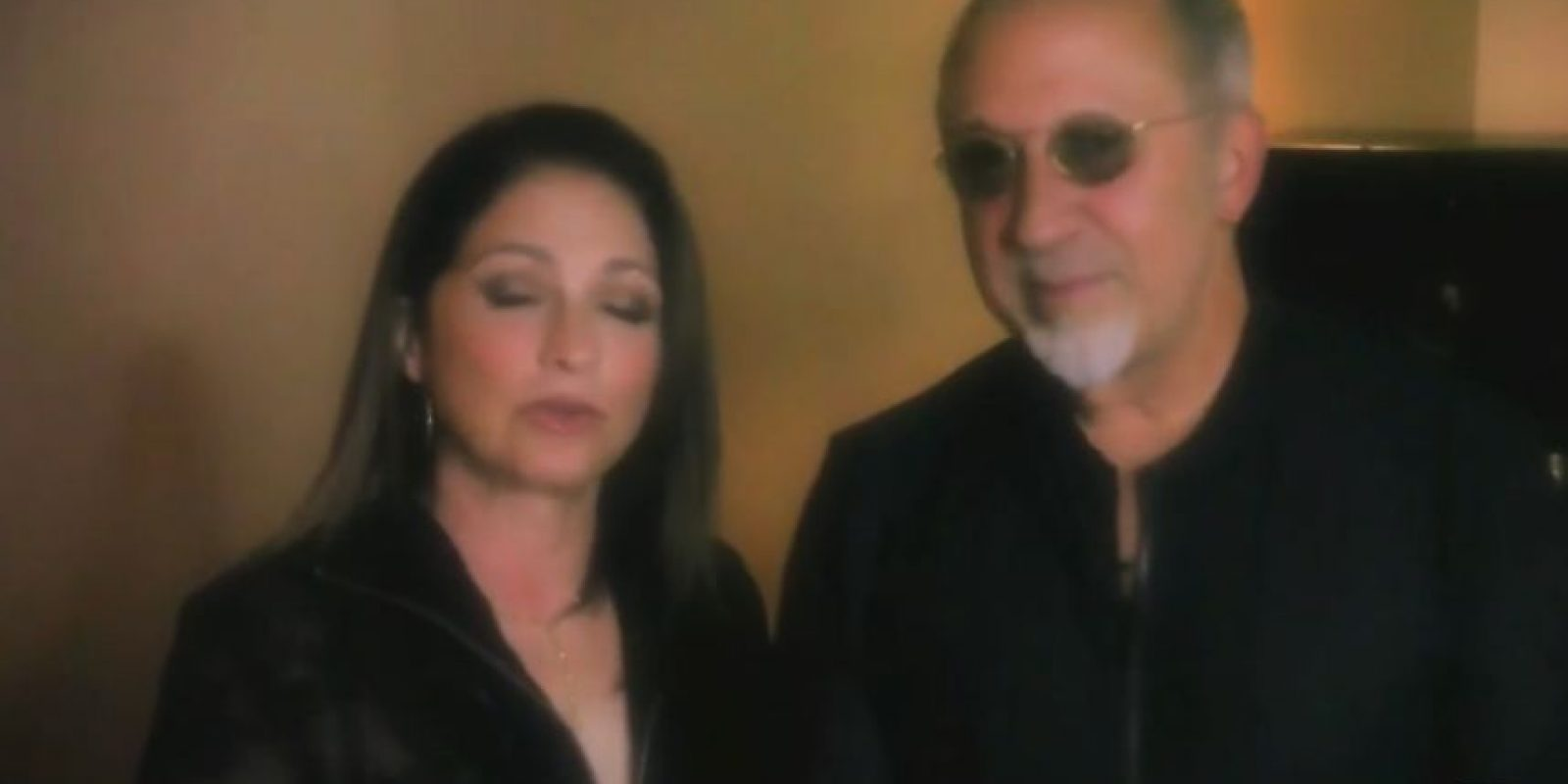 Gloria Estefan y su esposo Emilio también le agradecieron. Foto:vía Twitter/Univisión